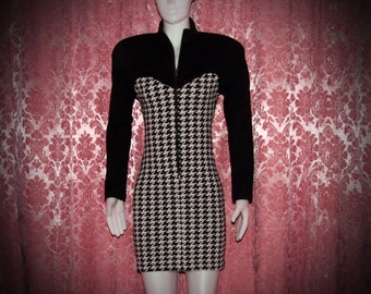 Vintage houndstooth pattern dress by Algo-ettes early 80's  body con style shipping included within Canada and U.S.A