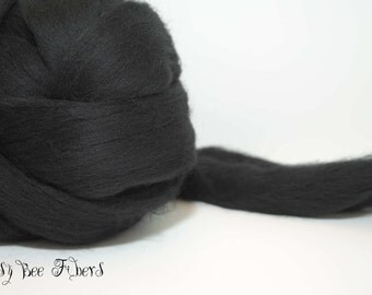 Wool roving, Merino combed top, spinning, felting, roving - 4 oz - BLACK