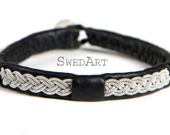 SwedArt B11 Wolf Lapland Reindeer Leather Bracelet with Antler Button Black X-LARGE