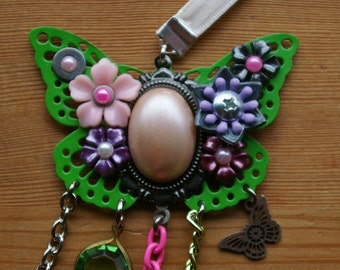 Springpunk Blossom and Butterfly Drape Necklace