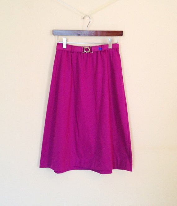 Vintage Purple Magenta Maroon Cotton Skirt. Spring. 1980s. Size 11/12. Large. Casual. Soft. Pencil Skirt. Straight Skirt. Horse