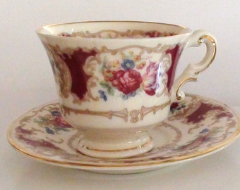 1950s Vintage Mini 2 X 2 1/2  Tea Cup and Saucer is 4 2/8 diam Romance Marron by Syracuse Excellent Condition