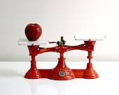 Antique Bright Red Troemner Cast Iron General Store Balance Scale