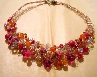 Sweet Petite Crocheted Wire Necklace-Pink/Orange
