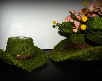 Case of 6 Small Cowboy Hat Moss Planter Basket with Wild vines and moss basket