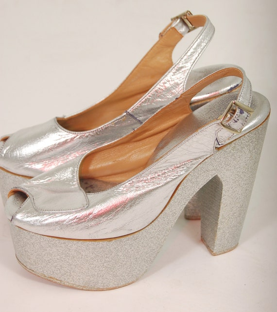 Vintage 70s Platform Shoes Silver Glitter Peep Toe Metallic
