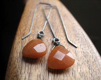 carnelian earrings in grey niobium. hypoallergenic jewelry for sensitive ears.