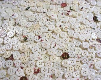 Bulk Lot, Buttons, 500  Small White, Lot  SMW4 (Free US Shipping)