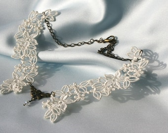 Meg's Floral NECKLACE Vintage Inspired - Ivory - Swarovski Crystals - Anniversary - Wedding - Free Standing Lace Embroidery