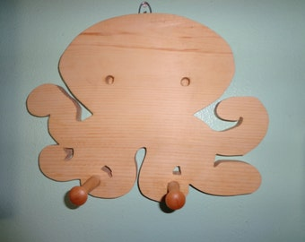 Wooden Octopus pegged wall hanging