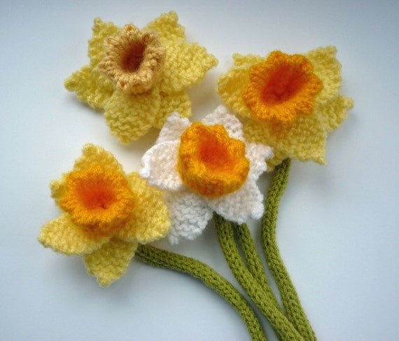 PDF Knitting Pattern for Daffodil, Knitted Flower PDF, Knit Flower Pattern, S...
