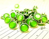 24 Cowgirl Snaps Pearl Prong Western Snaps - Kelly Green
