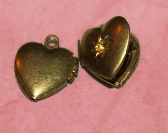Vintage Mini Heart with Starburst Setting Locket (10)