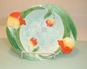Vintage 60s Majolica Type Tulip Plate