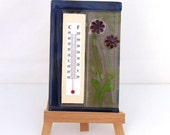 Fuesd Glass  Indoor Wall Thermometer - Spring Red flower