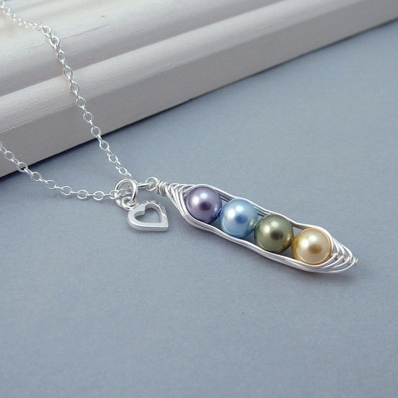 Custom Birthstone 4 Peas in a Pod Necklace, Sterling Silver Pearl Peapod Personalised Necklace, family necklace, mother, grandma