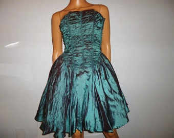 "Vintage 40's - Full Circle - Iridescence - Ruched - Prom - Dress - 31"" bust size"