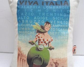 VIVA ITALIA - Scooter Girl Cushion Cover