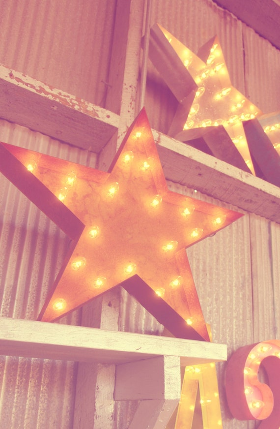 FREE SHIPPING SALE!  Vintage Marquee Lights - Star