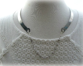 Silver Backwards Collar with Star Chain Centre