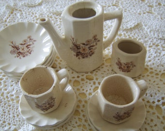 Beauty from the Early 1920s 12 Piece Tea Set