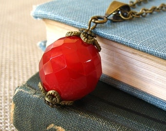 Lipstick - Red glass brass necklace - Elysia