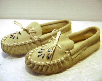 handmade indian moccasins moccasins etsy 3243