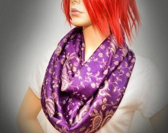 Pashmina Infinity scarf - Purple Paisley scarf