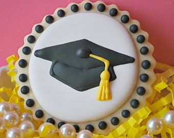 Graduation Cap Decorated Sugar Cookies