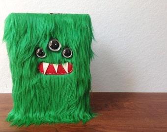 """Emerald Monster 5.5"""" X 8.5"""" Sketchbook"""