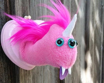 Three-eyed Magical Pink Uniworm Head Mount