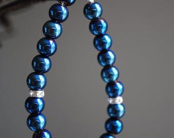 Metallic blue pearl bracelet