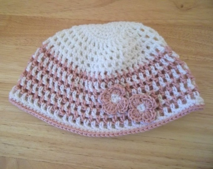 Hat - Crochet Hat for a Little Girl - Perfect for Spring - Comes with Little Flowers on the Side