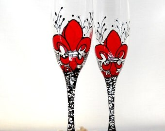 Fleur de lis Champagne Flutes Wedding Toasting Glasses Hand Painted Red Wedding