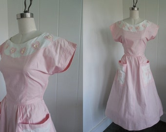 1950's Vintage Pink and White Sweet Day Dress with Daisies and Hearts Rockabilly