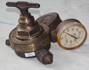 Vintage Salvaged Oxygen PSI Gauge
