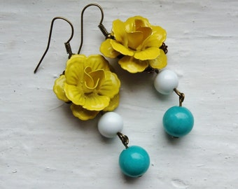 Yellow Flower Earrings. Yellow and Turquoise Earrings. Bridal Jewelry. Bridesmaid Earrings. Statement Jewelry