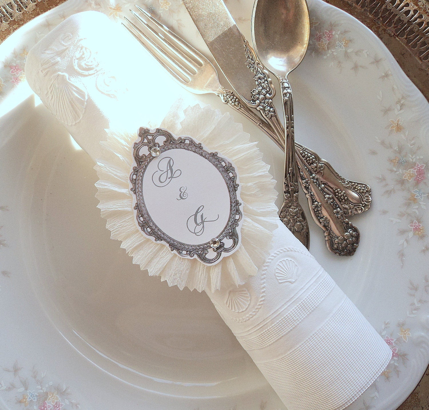 wedding rings 10 ruffled napkin rings with script paper and. Black Bedroom Furniture Sets. Home Design Ideas