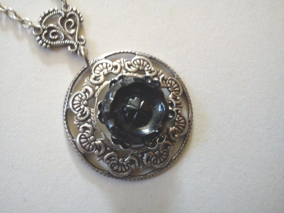 Antique victorian button necklace black mourning four leaf clover goth