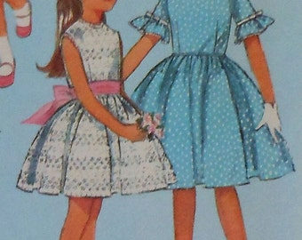 Vintage Girls Summer Dress Sewing Pattern Simplicity 5859 Size 4 1960s