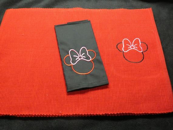 minnie mouse set de cuisine table et serviette en tissu. Black Bedroom Furniture Sets. Home Design Ideas