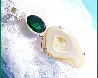 Agate Druzy Stone - Emerald - Sterling Silver Necklace  DC 8655
