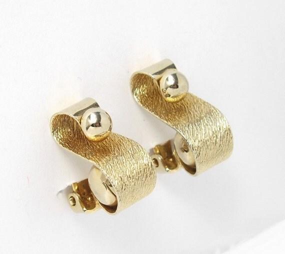 Vintage Modernist Scroll Earrings, Modernist Earrings, Gold Earrings, Unique Earrings