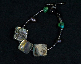 Stunning Paua Shell, Turquoise and Fresh water pearl Bracelet