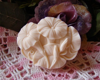 Exotic Fruit Smoothie Scented Trumpet Vine Mango Butter Soap