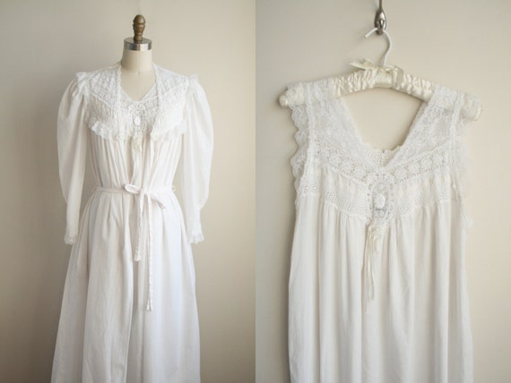 Christian Dior Lingerie Peignoir Set - White Cotton Batiste and Lace - Nightgown and Robe
