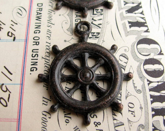 Ship steering wheel pendant, antiqued black pewter (2 wheels) sea captain, pirate lore, ocean, beach, nautical, boating, guidance CH-SC-042