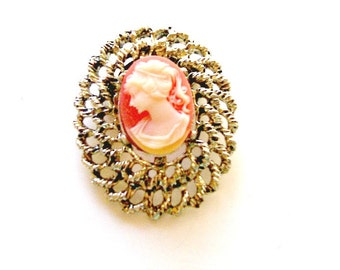 1960's Victorian Revival Cameo Brooch Pin, Resin Cameo Brooch, Shabby Chic, Cottage Chic, VisionsOfOlde