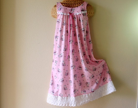 Summer NIGHTGOWNS, PINK, Silky Soft Polyester Nylon Knit, Size 6 or 8, Wide Eyelet Trim,  Kittens in Nightcaps, READY to Ship