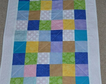Parade of Color Changing Pad/Doll Quilt (101)